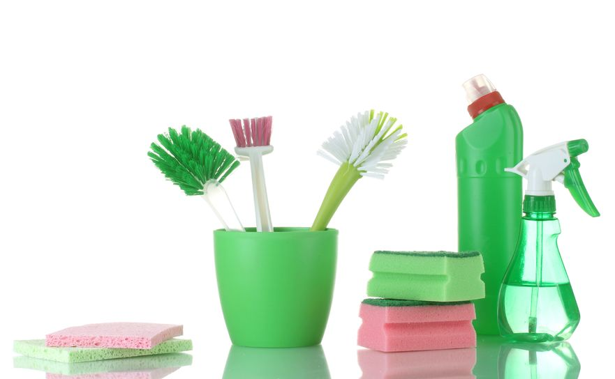 cleaning products to clean the garbage disposal using vinegar and baking soda